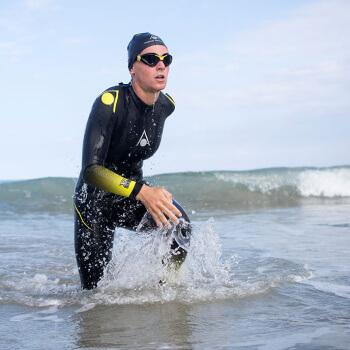 zzz-aqua-sphere-wetsuit-lifestyle-racer-women